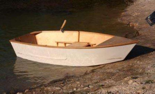 лодки своими ркками