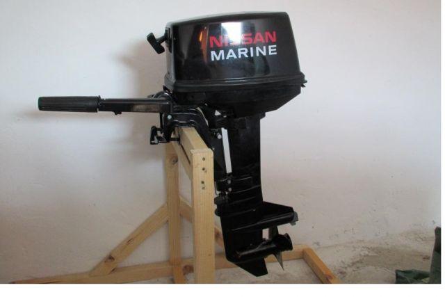 первый запуск лодочного мотора ниссан марин 9.8 видео